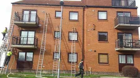 specialist equipment for cavity insulation